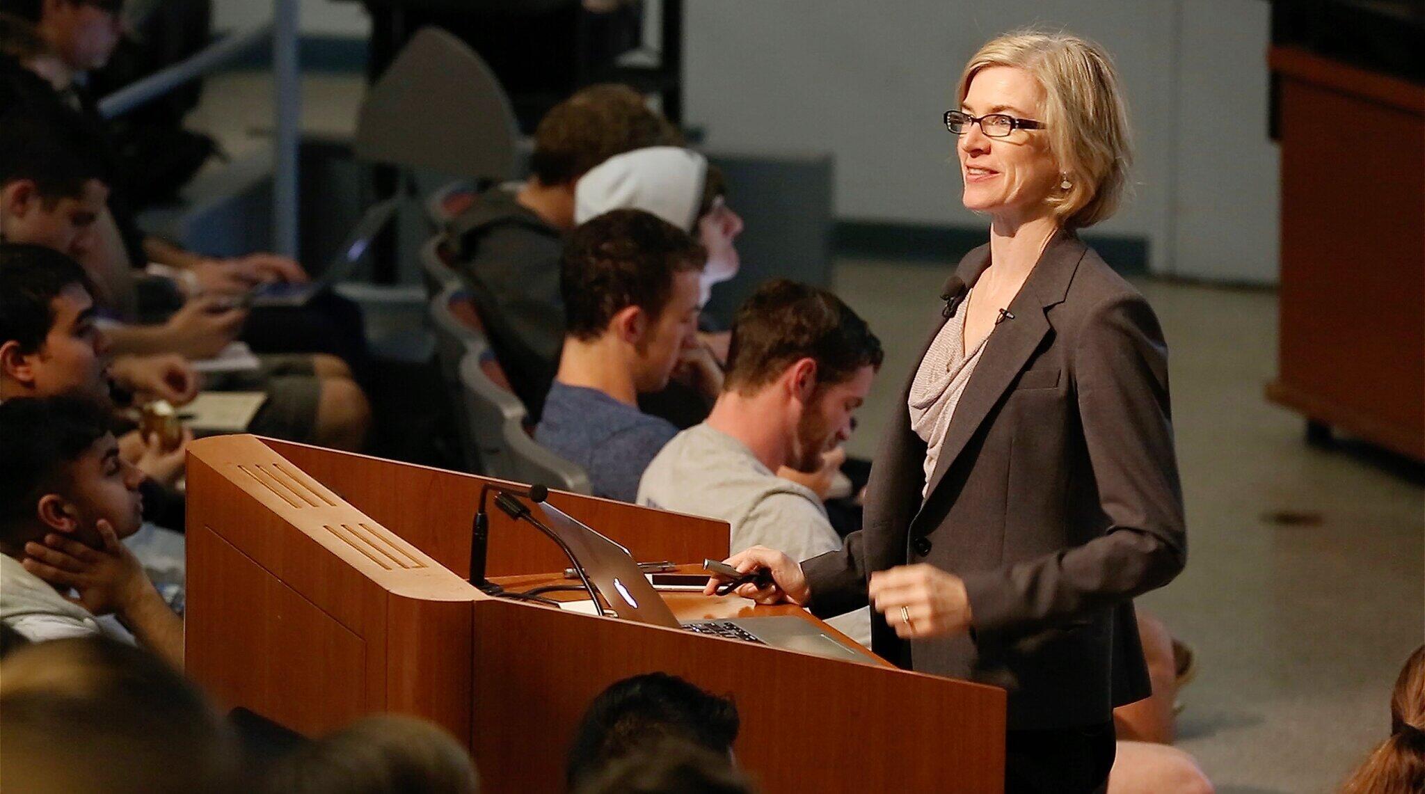 Jennifer Doudna in class lecturing