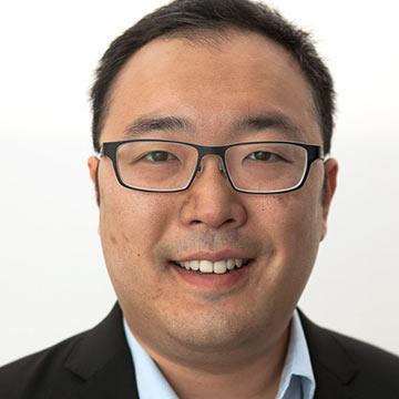 Professor Dan Nomura